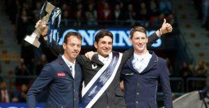 Der Sieger von Göteborg, Steve Guerdat, mit Harrie Smolders und Daniel Deusser Foto: FEI