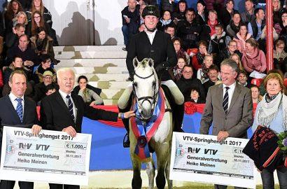 Oldenburger Pferdezuchtverband: Casino Berlin ist Hengst des Jahres!