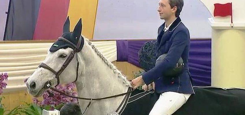 Martin Fuchs siegt mit Hansi Drehers Ex-Pferd im Glock's Grand Prix