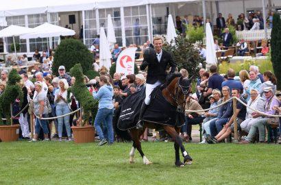 Nisse Lüneburg gewinnt Glantz Erdbeercup vor Carsten-Otto Nagel