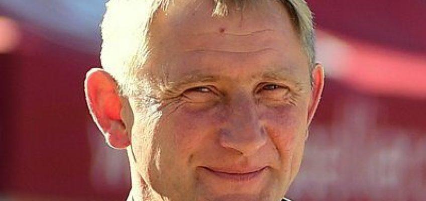 Späte Ehrenerklärung des Holsteiner Verbandes nach Ove Asmussens Rauswurf