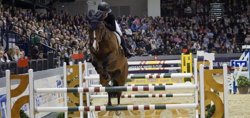 Charlotte Bettendorf gewinnt Zeitspringen in Neumünster