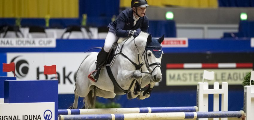 Michael Jung gewinnt ein Springen nach dem anderen in Dortmund