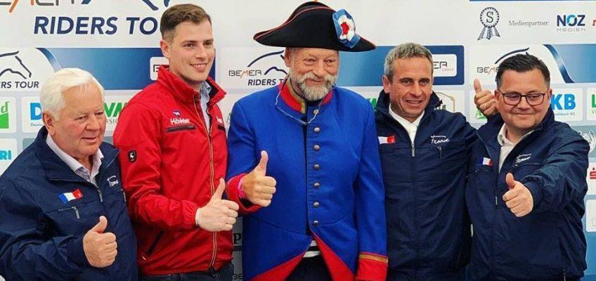 Yuri Mansur und Felix Haßmann gewinnen die Eröffnungsspringen in Hagen