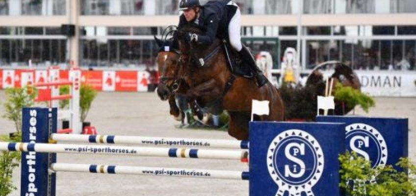 Schulze Niehues gewinnt Qualifikation für U25-Springpokal