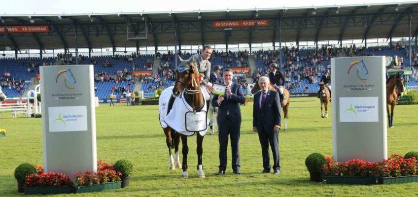 Vorgezogenes Geburtstagsgeschenk: Philipp Weishaupt gewinnt mit Coby in Aachen
