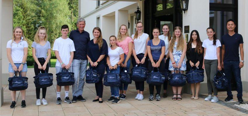 Lehrstunden für 12 Reiter aus 6 Nationen in Riesenbeck