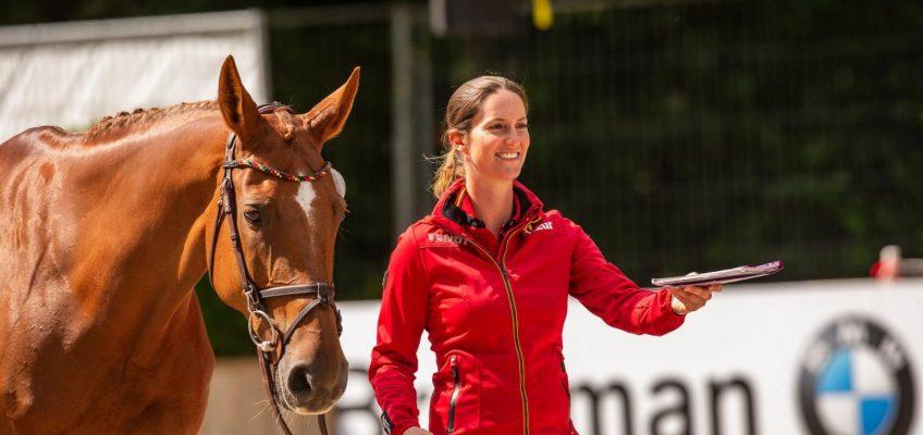 Erste deutsche EM-Starterin: Simone Blum als 18. im Parcours