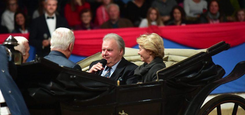 Uwe Heckmann zum Jubiläum mit Gustav-Rau-Medaille geehrt