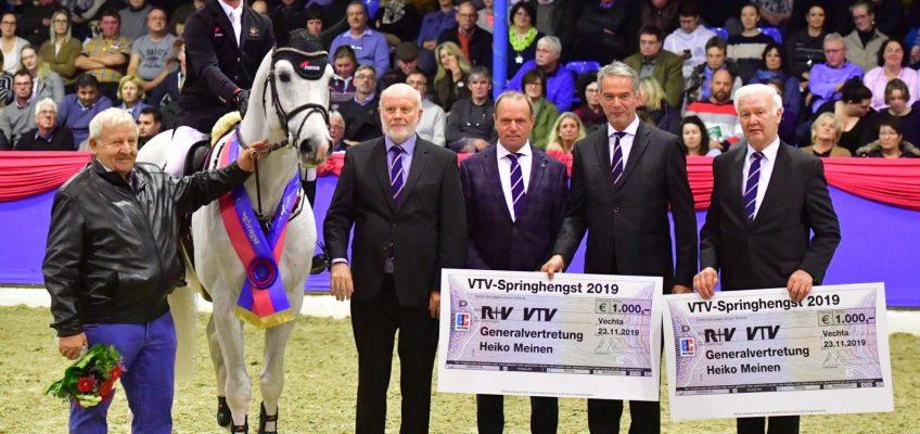 Chap II zum VTV-Hengst des Jahres in Vechta gekürt