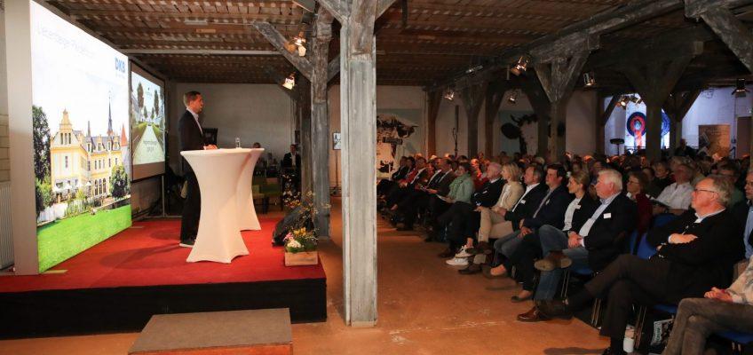 Liebenberger Pferdeforum über Perspektiven in Sport und Zucht