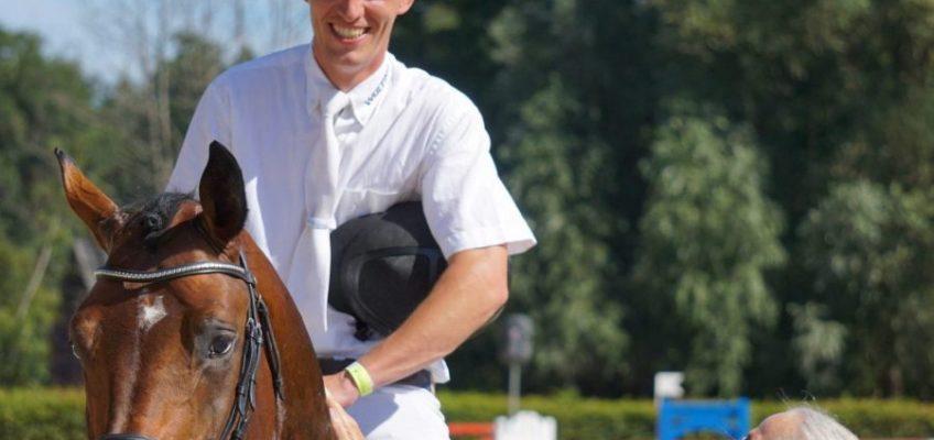 Westfalen-Champions: Coros springt zum Sieg