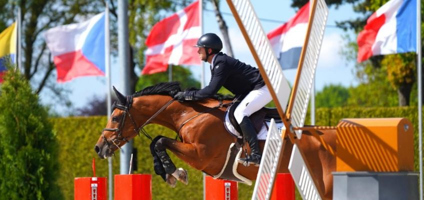 Internationale Turniere in der Tops Arena im August und September