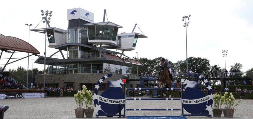 Top-Reiter freuen sich auf die Turniere in der Tops International Arena!