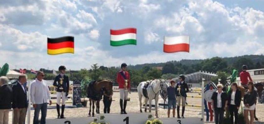 Einmal Gold, zweimal Silber in den Grand Prix von Zduchovice