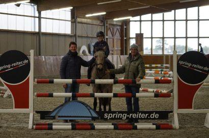 Ein Olympia-Held trainiert Holsteins Nachwuchs-Springreiter!