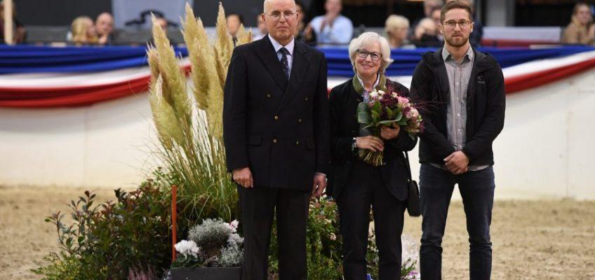 Holsteiner Verband verabschiedet Dr. Thomas Nissen