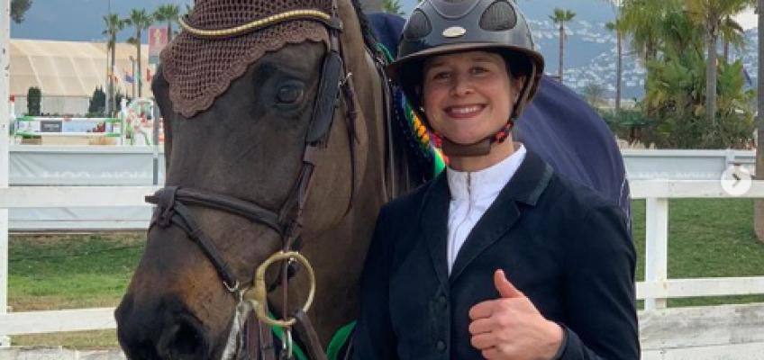 Katrin Eckermann Zweite im Samstags-Hauptspringen von Ommen