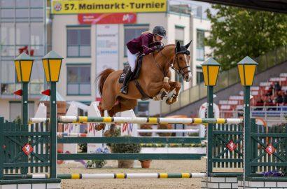 U25-Springpokal: Hannah Schleef gewinnt Preis der Familie Müter