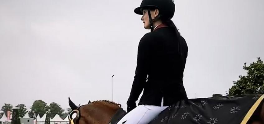 Finja Bormanns Schülerin Annika Ebert gewinnt GP in Peelbergen